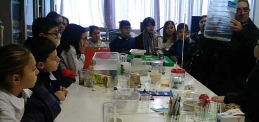 I ragazzi  della Marconi sperimentano.... nel Laboratorio Scientifico